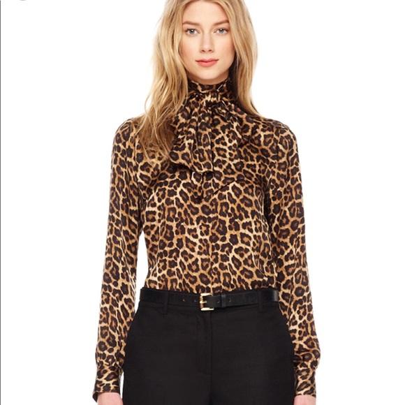 c3943188de2946 Michael Kors animal print blouse w tie front bow S.  M 5ad8aa98077b9747de68a10b